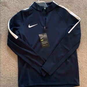 Youth navy blue Nike dry-fit long sleeve pullover